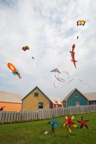 Cerfs-volants multicolores - Crédit Photo - S.Larose