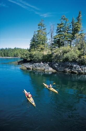Kayak - Credit Photo Tourism BC Tom Ryan