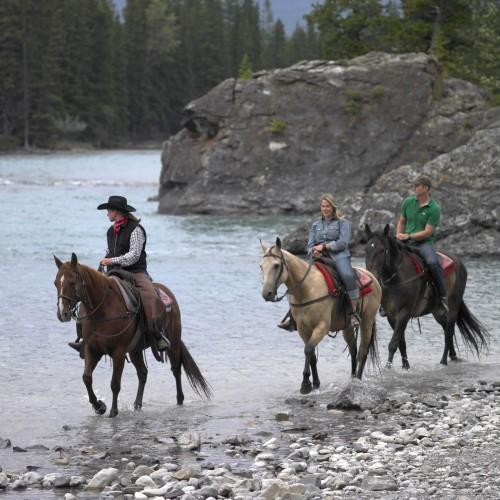 Randonnée à cheval - Parc National de Banff - Crédit photo Travel Alberta