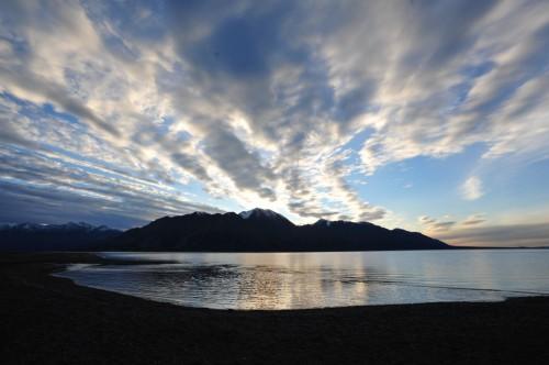 Coucher de soleil sur Kluane Lake- Crédit photo Government of Yukon